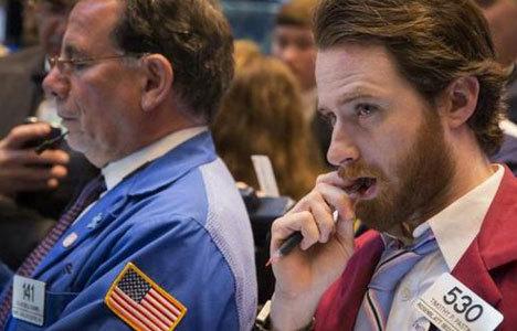ABD piyasaları haftanın ilk günü düştü