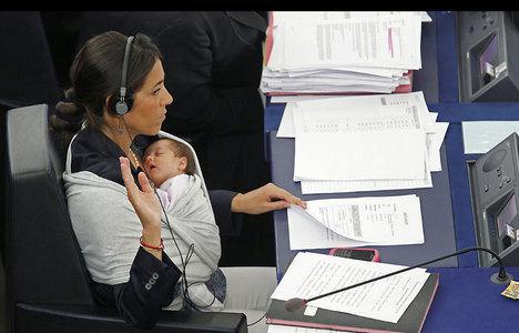 Çalışan annelere müjde! Başvurular bugün
