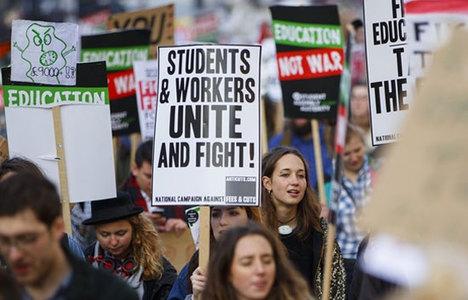 30 bin TL'lik harç öğrencileri ayaklandırdı