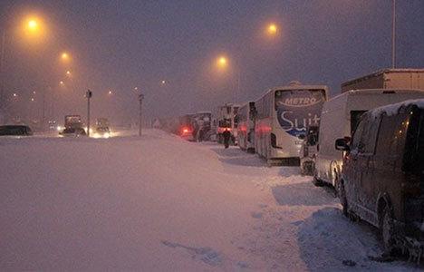 Bolu Dağı geçişi ulaşıma kapandı!
