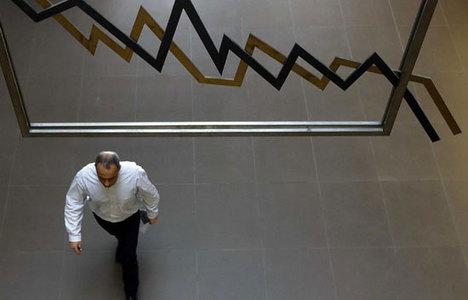 Banka hisseleri 'uyanık' Türk'ü batırdı